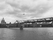 Millennium Bridge  by Azzurra Di Pietro