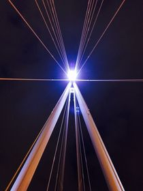 Golden Jubilee Bridge Light by Azzurra Di Pietro