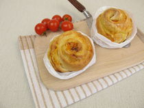 Pizza Pinwheels mit Tomate und Käse by Heike Rau