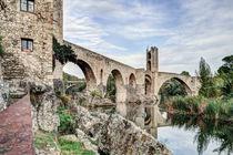 Besalú's Romanesque Bridge (Catalonia) von Marc Garrido Clotet