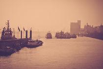 Hamburger Hafen by Björn Wortmann