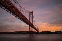 Ponte de 25. Abril by Frank Stettler