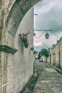 Colonial-street-of-arequipa-city-peru