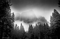 Yosemite Under Clouds by louloua-asgaraly