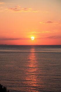 Sonnenaufgang am Meer ... Mallorca ... orange, rot, schwarz  Nr. 8 von Edeltraut K.  Schlichting