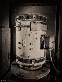 It's A Generator by moellerbilder