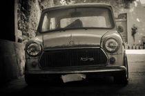 Vintage 1975  Innocenti Mini Cooper 1300 von tastefuldesigns