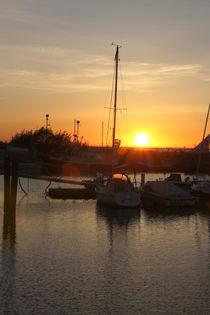 Hafenromantik .... Ostsee, Sonnenuntergang von Edeltraut K.  Schlichting
