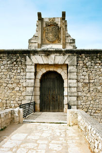 Drawbridge-of-chinchon-castle
