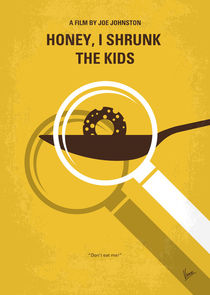 No641 My Honey I Shrunk the Kids minimal movie poster von chungkong
