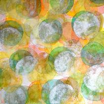 Silver Green Yellow Circles von Heidi  Capitaine