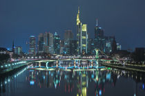 Skyline - Frankfurt am Main - Nachts von Klaus Tetzner
