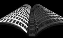 Vierzylinder Turm in München von Klaus Tetzner