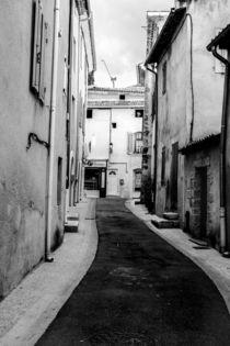 provence street von Nils Volkmer