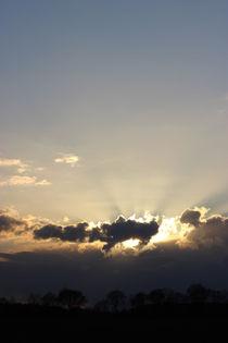 Angestrahlte Wolken von frauherrmann