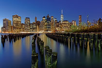 Abend am East River by Borg Enders