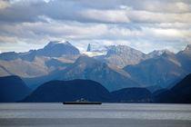 Norwegen: Berge mit Fähre von Borg Enders