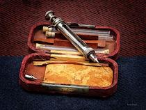 Vintage Syringe von Susan Savad