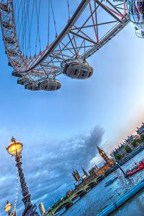 The London Eye and Westminster by David Pyatt