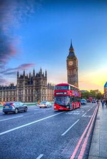 Westminster Bridge Early Evening von David Pyatt