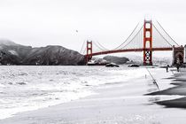 Golden Gate bridge,San Francisco,USA with the beach view by timla