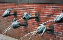 fleißige Wasserspeier von Martina Lender-Frase