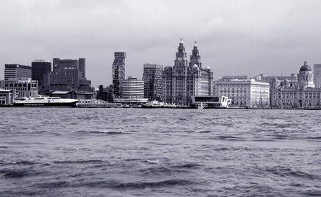 Liverpool-desaturated-no-retouch-blue