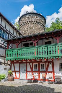 Herrstein-Schlossweg by Erhard Hess