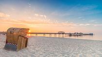 Kellenhusen Ostsee Seebrücke Strandkorb von Dennis Stracke