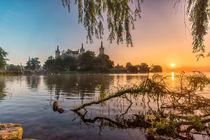 Schwerin Schloss Park Sonnenaufgang von Dennis Stracke