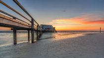 Sonnenuntergang St Peter Ording Nordsee Strandbar von Dennis Stracke