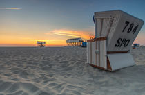 Sonnenuntergang St Peter Ording Nordsee Strandkorb by Dennis Stracke