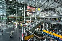 Berlin Hauptbahnhof  by Rob Hawkins