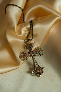 Ornamented cross pendant by Jarek Blaminsky