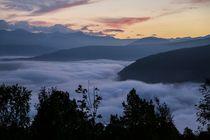Über den Wolken von Petra Arians