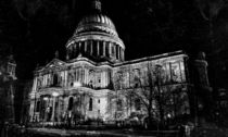 St. Paul's Cathedral, London, at Night von Graham Prentice