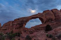 Skyline Arch am Abend, Arches National Park, Utah, USA von geoland