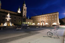 Residenzplatz und Dom zu Salzburg by geoland