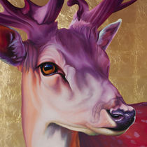 Hirsch violett auf Gold by Renate Berghaus