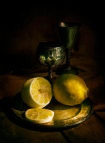 Still life with lemons and silver chalices von Jarek Blaminsky