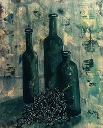 Flaschen mit Weintrauben von Monika Missy