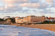 BiarritzGrande Plage with Luxury Hotel du Palais, beach in Biarritz. Aquitaine, french basque country, France. von Perry  van Munster