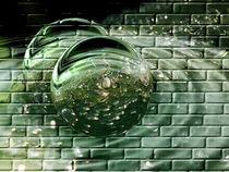 through the green Wall.... von Thea Ulrich