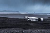 The abandoned DC plane on Sólheimasandur von Yuliya Vassilyeva