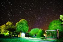 Sternspuren auf dem Spielplatz by Manuel Paul