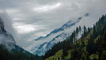 Zillertal - steigende Nebel im Tal von Hartmut Binder