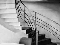Hausflur schwarz-weiß by Gisela Peter