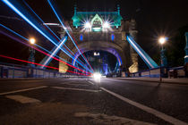 Tower Bridge by night von Jessy Libik