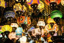 Beautiful Colored Arabian Lamps In Oriental Grand Bazaar Of Istanbul von Radu Bercan