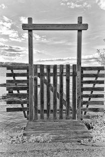 Tor zum See by kiwar